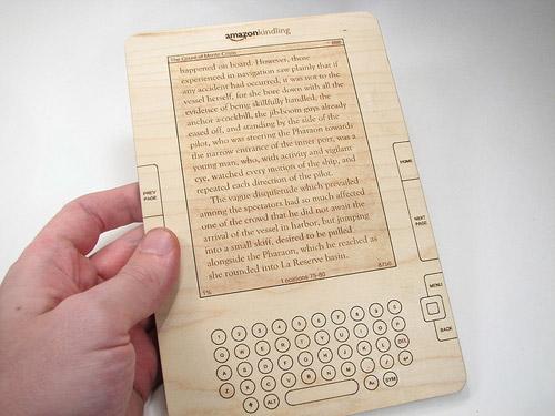 Drewniany Kindle
